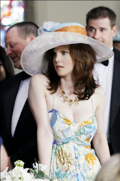 Qui a tué Nora Hunntington dans l'épisode 9 de la saison 3 de Desperate Housewives ?