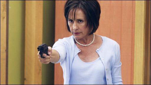 Quelle actrice incarne Caroline Bigsby dans la saison 3 de Desperate Housewives ?