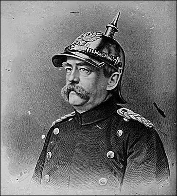Pour Bismarck (ministre-président de la Prusse) une guerre contre la France est le meilleur moyen de terminer l'unification allemande, après avoir bien attisé la haine des deux peuples, l'empereur de Prusse et moi décidons de nous déclarer la guerre, mais à quelle date ? (Photo : Bismarck) .