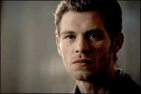 Où Klaus échange-t-il son corps avec celui d'Alaric ?