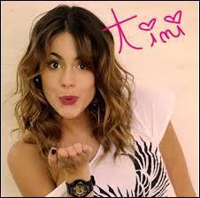 Combien de garçons sont amoureux de Violetta ?
