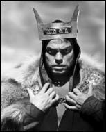 Dans quelle tragédie un général d'armée écossais assassine-t-il son cousin, le roi Duncan, pour lui voler son trône ?