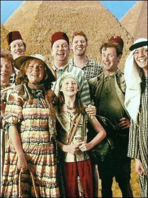 De quelle légende JK. Rowling s'est-elle inspirée pour donner les noms à la famille Weasley ?
