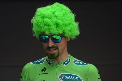 Peter Sagan, un alien à la barbe verte ! Ce terme désigne la chute définitive ou partielle des cheveux ou des poils :
