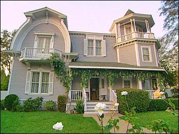 Comment s'appelle les quartier où vivent les desperates housewives ?