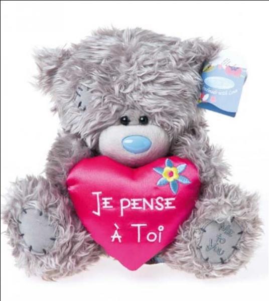 tatty teddy est un ourson lair triste avec un petit nez bleu - Petit Nounours