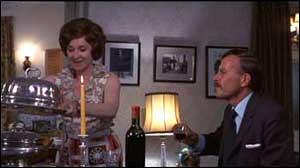 Dans  Frenzy , la femme de l'inspecteur principal Oxford est une adepte de la cuisine française. Quel plat lui mijote-t-elle à son grand regret ?