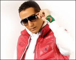 Je suis un chanteur algérien très célèbre. J'ai chanté en duo avec Tal. Je suis...