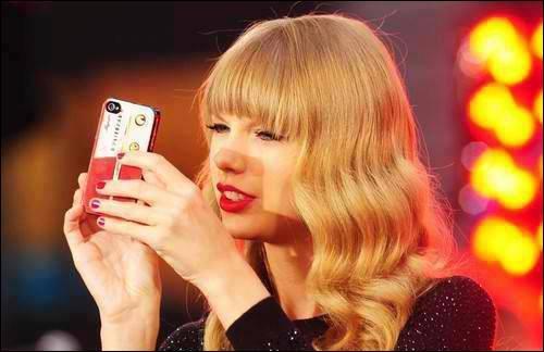 A quel âge Taylor a-t-elle commencé à écrire des chansons ?