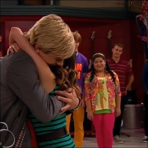 Pendant combien de temps Austin et Ally vont-ils sortir ensemble ?