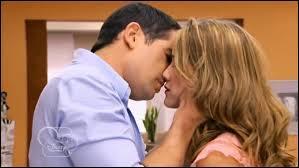 Par qui Angie va-t-elle être remplacée aux côtés de Germán ?