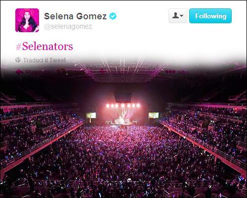Selena a une fois fait une  pinky promise  avec ses fans, lors d'un concert. Quelle était la promesse qu'elle a fait avec ses selenators ?