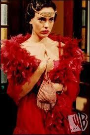 Dans quelle saison Phoebe retourne-t-elle dans une de ses vies antérieures ?