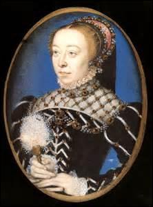 Je me nomme Catherine de Médicis. Je suis née le 13 avril 1519 à Florence (de Laurent de Médicis, duc d'Urbino et de Madeleine de la Tour d'Auvergne) et décède le 05 janvier 1589 à Blois. J'épouse à Marseille le 28 octobre 1533 le roi ------- (Je fus plusieurs fois régente et femme d'Etat. J'eus beaucoup d'influence sur mes fils entre 1559 et 1589).