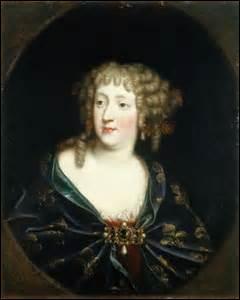 Je me nomme Marie-Thérèse d'Autriche. Je suis née le 10 septembre 1638 à Madrid (du roi Philippe V d'Espagne et d'Élisabeth de France) et décède à Versailles le 30 juillet 1683. J'épouse le 09 juin 1660 à Saint-Jean-de-Luz le roi :