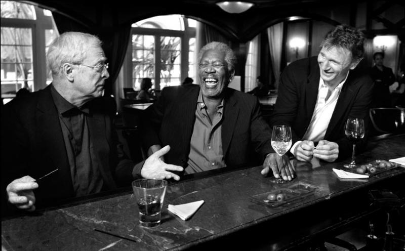 C'est une citation de Raymond Devos : Le rire est une chose sérieuse ...
