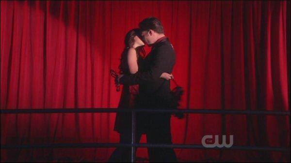 Que dit Chuck à Blair avant de l'embrasser dans cette scène ?