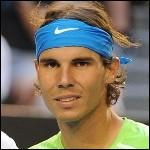 Nous allons continuer avec ce champion de nationalité espagnole. Actuellement 4ème mondial, il est 8 fois vainqueur de Roland Garros à 27 ans à peine. Impossible de ne pas savoir qui est...