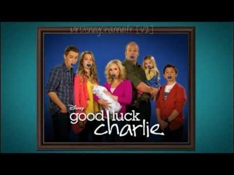 Comment s'appelle le plus petit des fils de la famille Duncan dans  Bonne Chance Charlie  ?