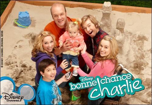 Dans la série  Bonne chance Charlie , quel est le prénom de la fille dont Spencer a trompé Teddy ?