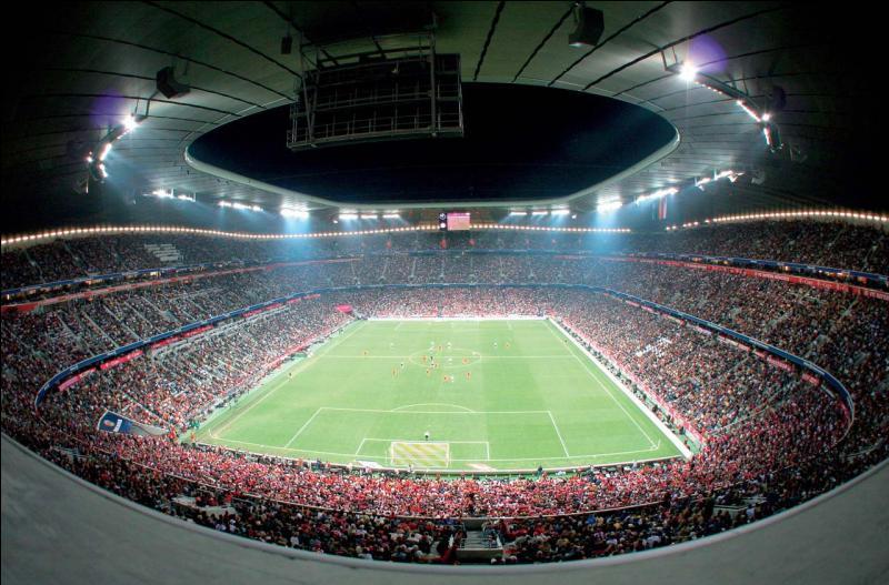 Quel est le nom du stade du Bayern Munchen ?