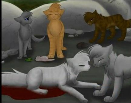 Pendant la scène de la mort de Rivière d'Argent, combien y a-t-il de chats présents au total ?