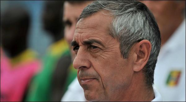 Je sais bien que je ne vous apprends rien, en tant que joueur, Alain Giresse a évolué dans les deux clubs !