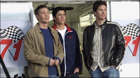 Dans la saison 2, Nathan fait-il exprès d'avoir un accident de voiture de course ?