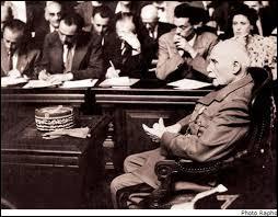 À la fin du régime de Vichy, Pétain est jugé par la Haute Cour de Justice à l'âge de 89 ans. Il est d'abord condamné à mort, mais il voit sa peine commuée à la prison à perpétuité. Qui a commué sa peine ?