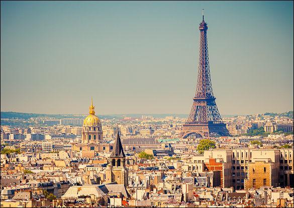 Quelle périphrase désigne t-elle Paris ?