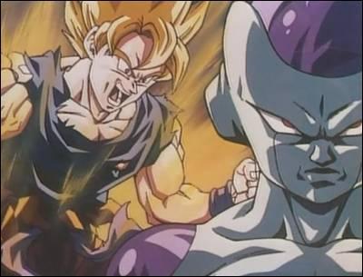 À combien est estimée l'aura de Sangoku lors de sa première transformation en super Saiyan contre Freezer ?