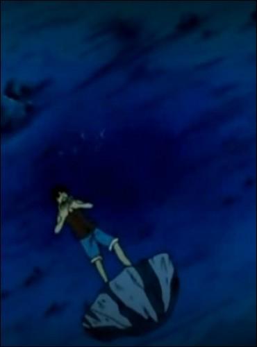 Épisode 39 - Arlong jette Luffy à l'eau. Quels sont les deux personnages qui plongent en premier pour l'aider ?