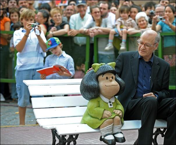 Le vrai père de Mafalda, son auteur, est un dessinateur argentin qui s'appelle Joaquín Salvador Lavado. Mais quel est son pseudonyme ?