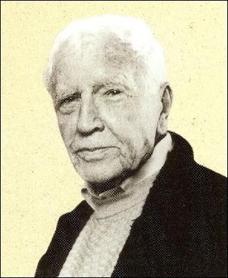 Quel écrivain et militaire français, né en Algérie, est l'auteur de  Concerto pour un chien , paru en 1979 ?