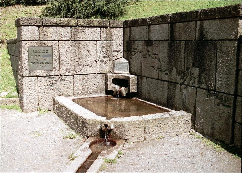 Quel cours d'eau ne coule pas en Belgique ?