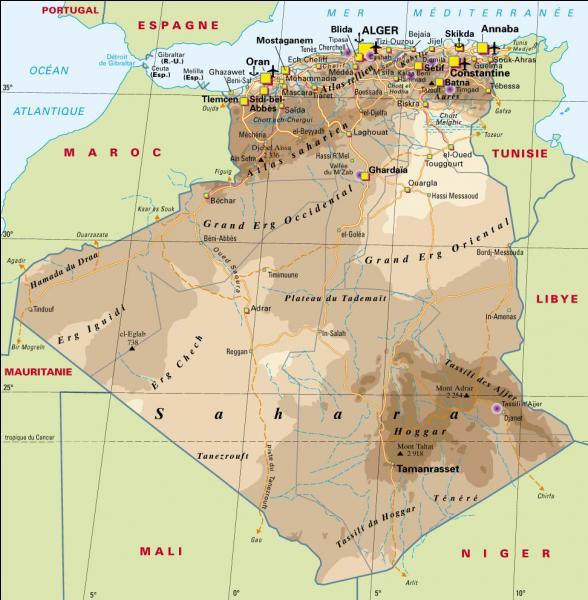 Quel terme arabe est-il utilisé pour évoquer la période d'occupation par la France de l'Algérie ?