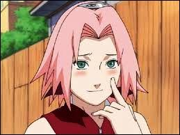 Cette fille, étant plus jeune, était amoureuse de Sasuke Uchiwa, qui était dans l'équipe n°7 avec elle et Naruto Uzumaki. Maintenant, elle veut le tuer. Qui est-ce ?