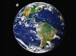 En combien de temps la Terre tourne-t-elle autour du soleil ?
