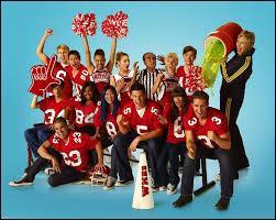 Va-t-on lui rendre un hommage dans la série  Glee  ?
