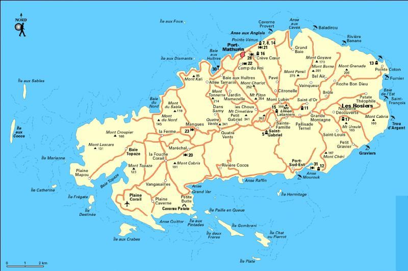 L'île Pierrot, petite île située dans l'Océan Indien, au sud de L'Ile de Rodrigues, est appelée aussi :