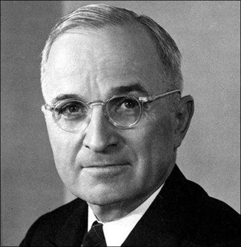 Quel est le nom de la doctrine énoncée le 12 mars 1947 énonçant les fondements de la lutte des Etats-Unis contre le communisme ?