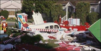 Qui meurent dans le crash de l'avion à Noël ?