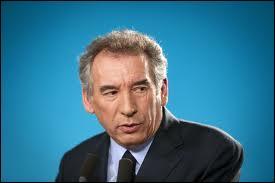 Quel est le slogan de François Bayrou en 2012 ?