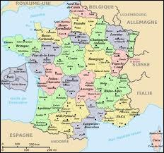 Dans quelle région se trouve Sarlat ?