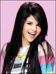 Quand Selena a-t-elle commencé sa carrière ?