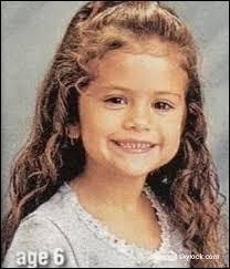 Quel âge avait-elle quand ses parents ont divorcé ?