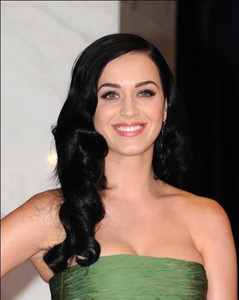 Comment nomme-t-on les fans de Katy Perry ?