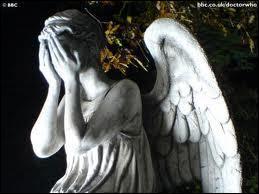 Si on regarde un Ange pleureur, bouge-t-il ?