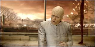Dans ce film, Guy Pearce joue le rôle de...