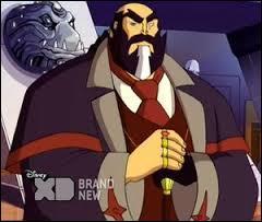 Quel est le vrai nom de Lord Phoenix dans la saison 3 ?